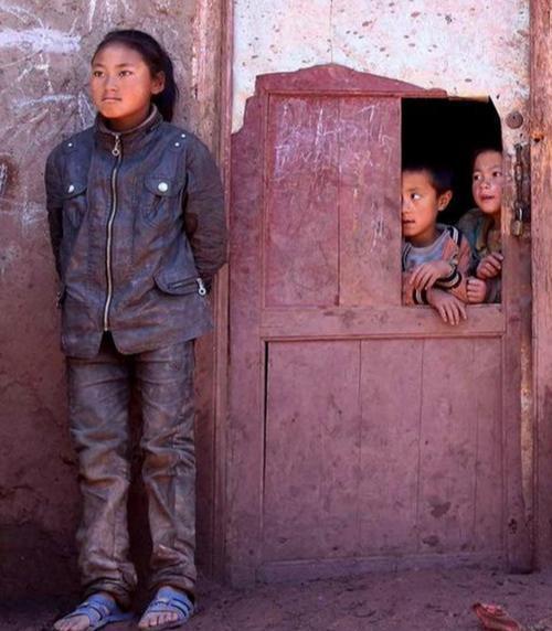 """贫困农村要扶贫,当地的教育更要""""扶贫"""""""