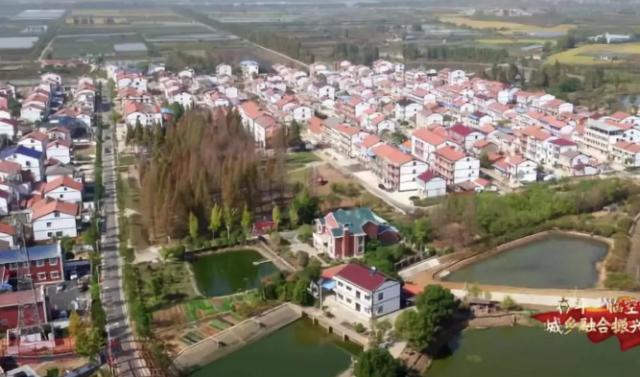 中国乡镇综合竞争力报告发布,百强镇主要集中在我国东部地区